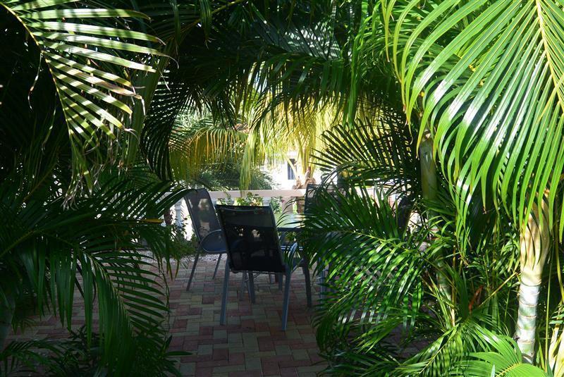 nog-een-zitje-in-de-tuin
